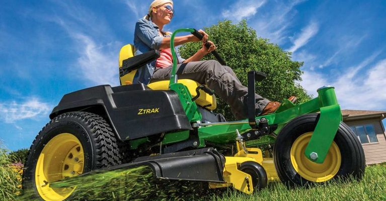 Top 5 best mowing practices for healthy lawns